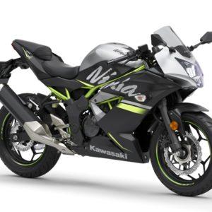 kawasaki njnja 125 se black 01 300x300 - Kawasaki Ninja 125 SE
