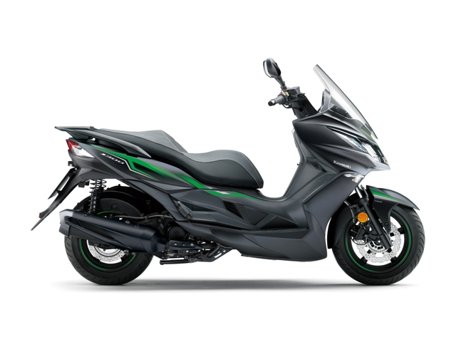 kawasaki  scooter j 300 05