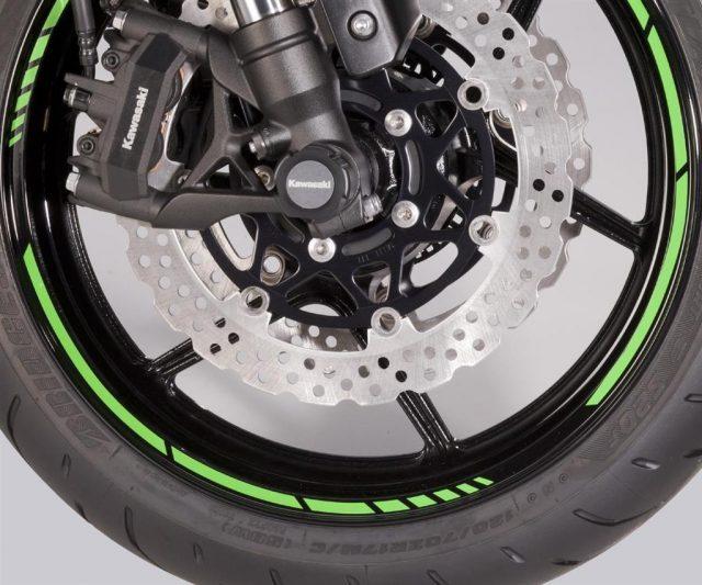 197BWS0007 kawasaki naljepnice za kotače 01