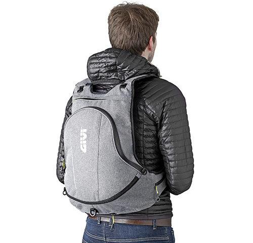 EA104GR givi ruksak za motocikl 02
