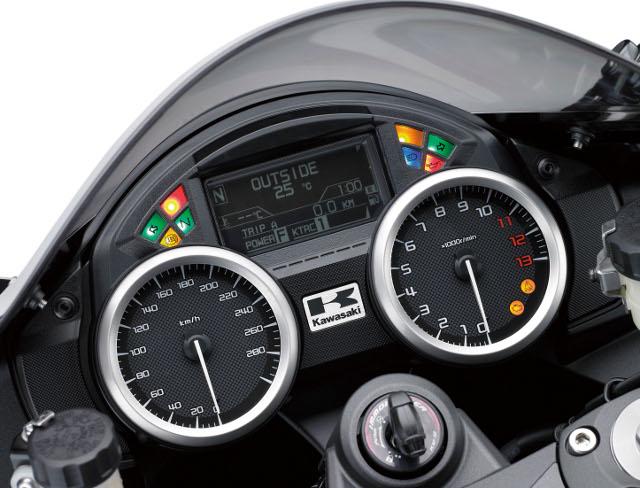 motocikl kawasaki zzr 1400 2019 04