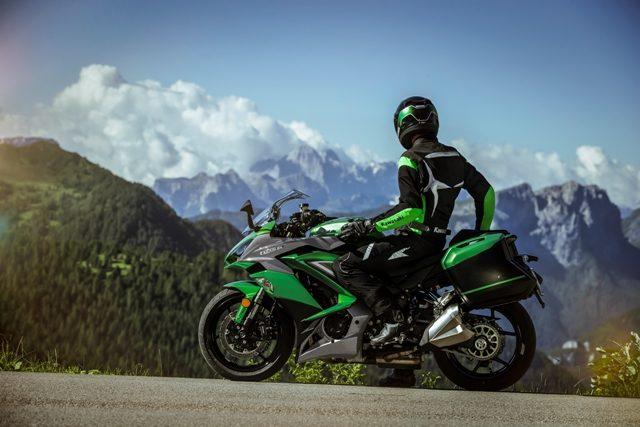 motocikl kawasaki z1000sx 07